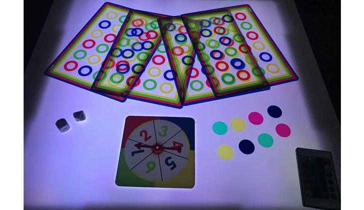 Juego Colorín para la mesa de luz